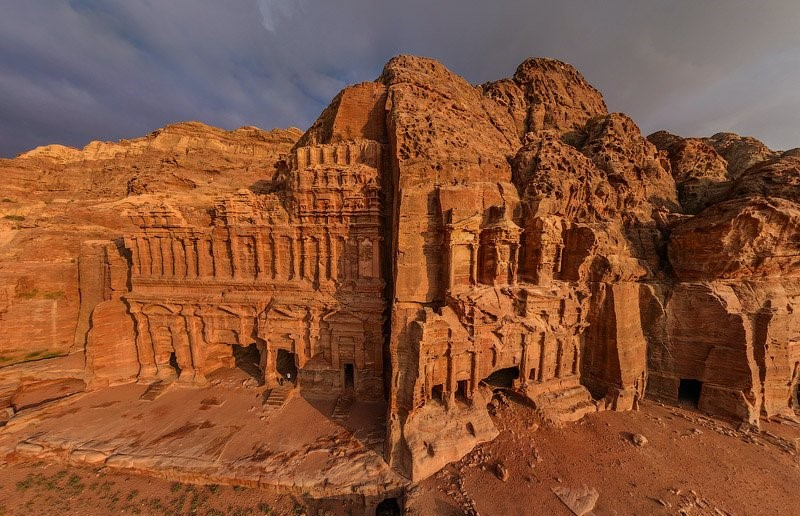 Nabataean was the most populated city with 20,000 residents.