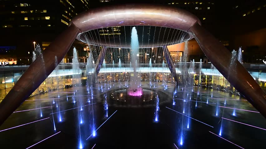 Aka Fountain of Wealth at Suntec City, Singapore is the largest fountain in the world.