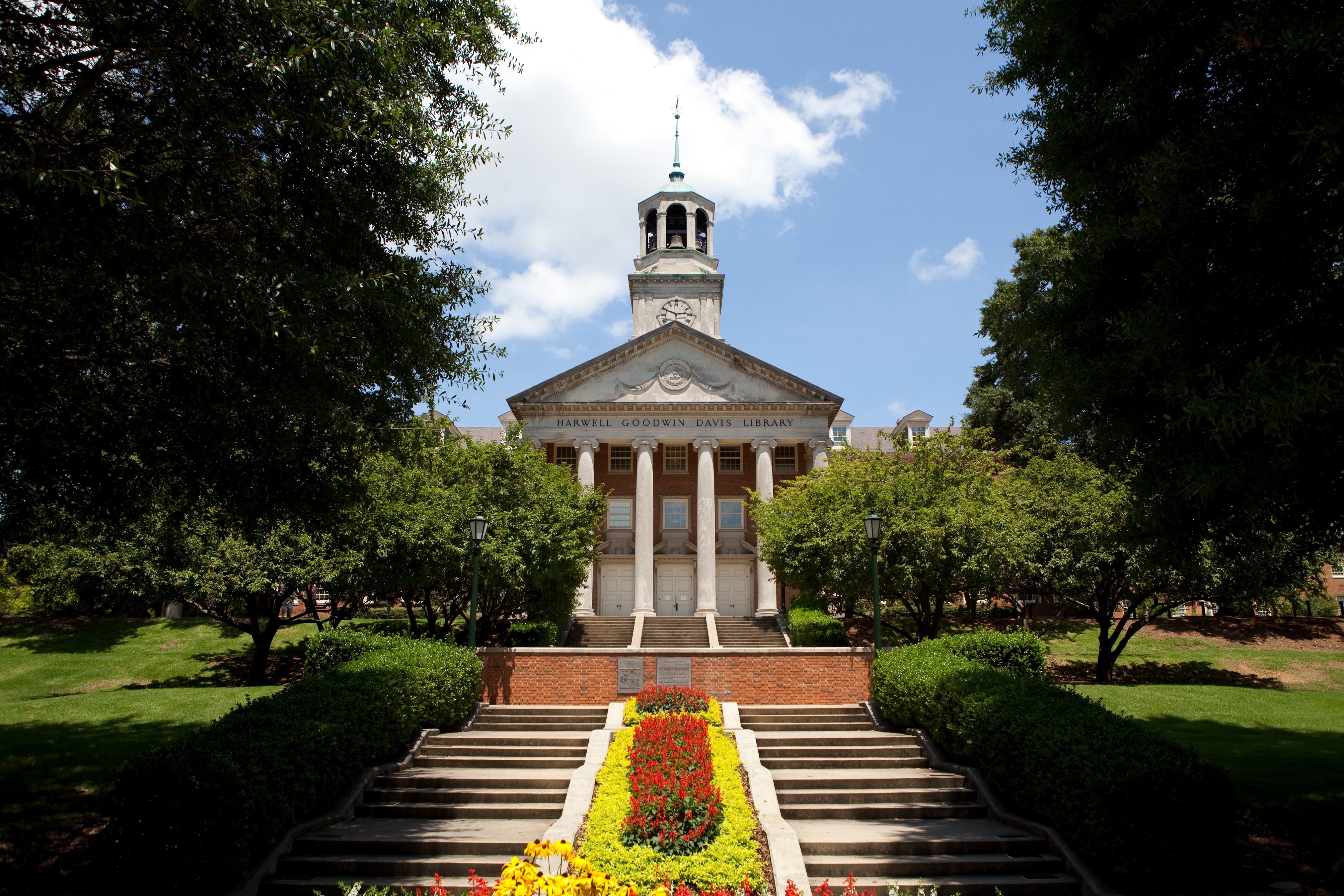 At-Samford-University-in-Alabama-a-law-professor-adopted-a-couple-of-children-from-India-only-to-determine-that-they-were-stolen-from-their-mother-in-1998