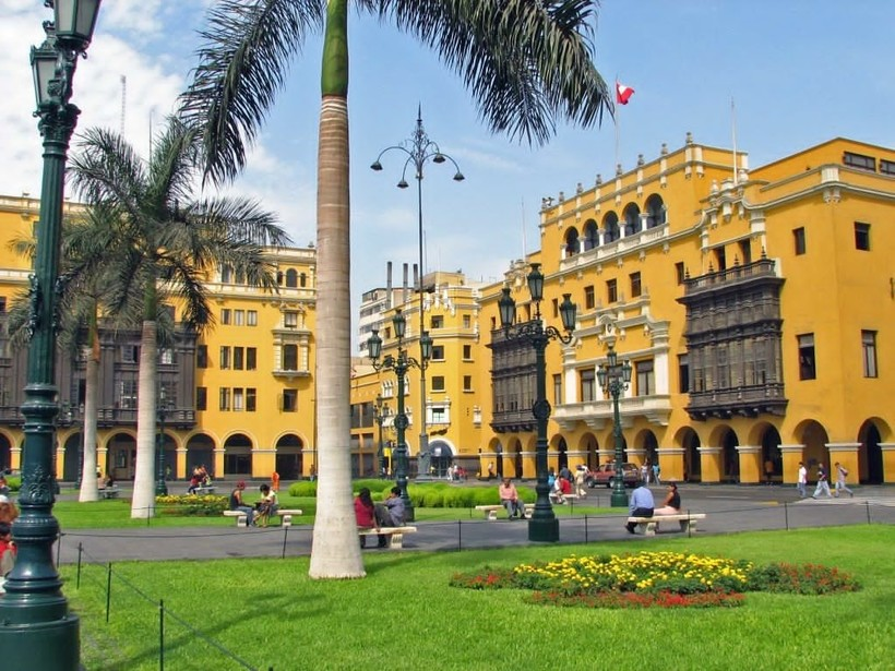 The National University of San Marcos is the oldest university in the Peru founded in the year 1551.