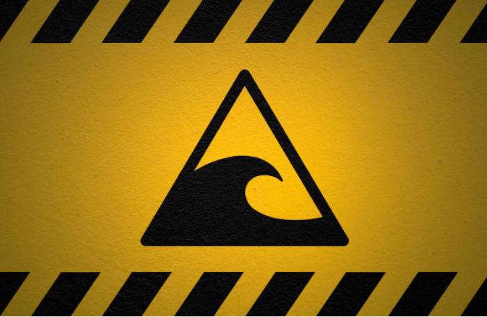 The states in the U.S. at greatest risk of tsunamis are Oregon, Hawaii, Alaska, Washington, and California.