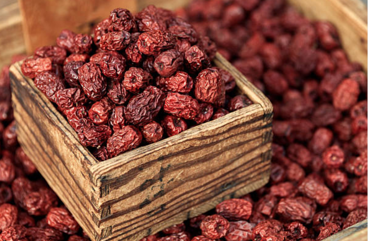 https://www.moroccoworldnews.com/2016/10/199932/morocco-produces-128000-tons-dates-2016/