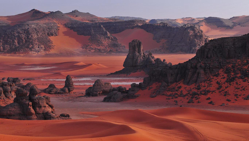 Tassilli National Park in Algeria has pre-historic rock drawings and Neolithic archaeological sites.
