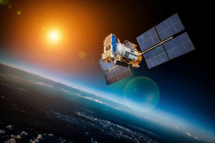 "NASA's spacecraft ""MESSENGER"" crash landed on Mercury in April 2015. '"