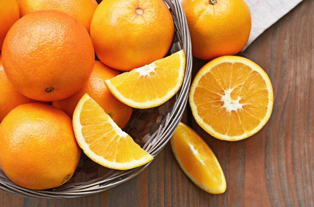 There are around 10 segments in a orange.